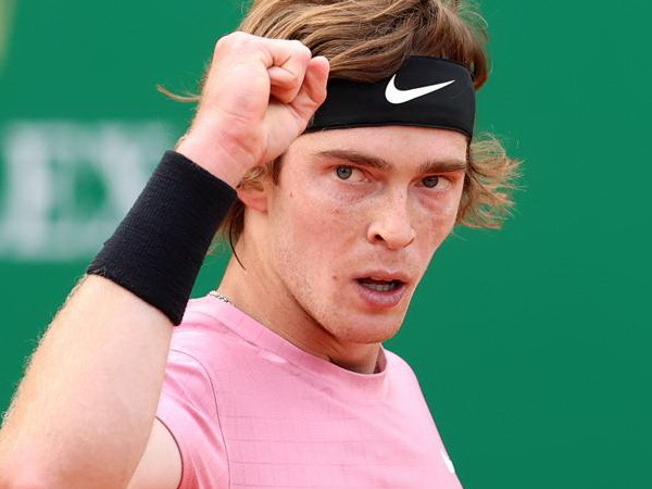 Rafa: Andrey Rublev - rusul cu racheta (de tenis).