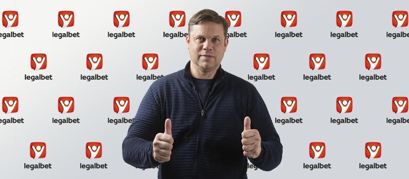 Владислав Радимов: «Дети перестали играть в футбол во дворах, и это проблема»