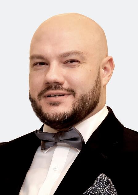Александр Добров