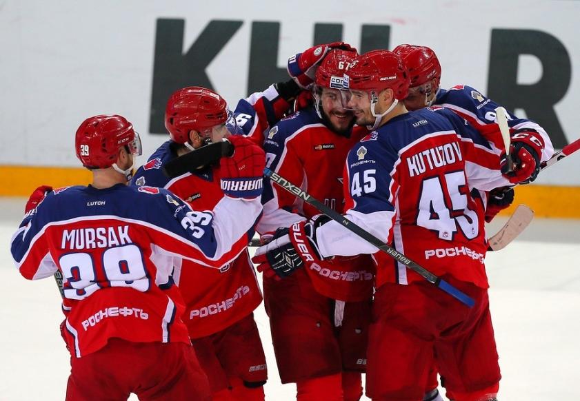 ЦСКА — Динамо Москва. Армейцы одержат победу в дерби.