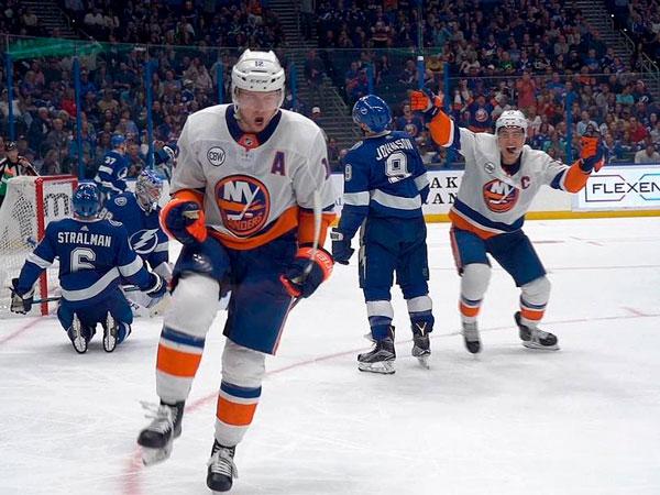 Константин Федоров: Прогноз на матч НХЛ «Харрикейнз» — «Айлендерс»: победная серия близится к концу.