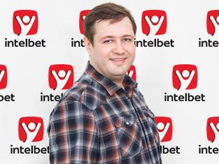 Олег Пирожков