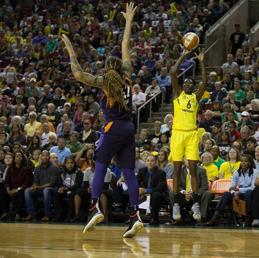 «Финикс Меркури» - «Сиэттл Шторм» прогноз на третий полуфинальный матч плей-офф WNBA