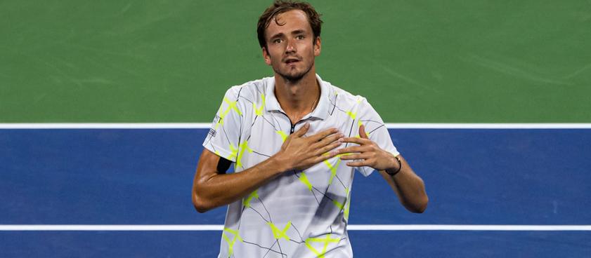 Даниил Медведев – Стэн Вавринка: прогноз на теннис от Павла Кириченко