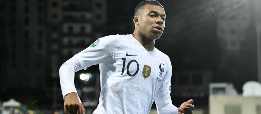 Исландия – Франция: тяжелый выезд для чемпионов мира