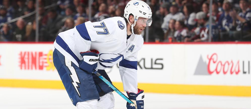 Прогноз на матч НХЛ «Аризона» - «Тампа-Бэй»: начало новой победной серии