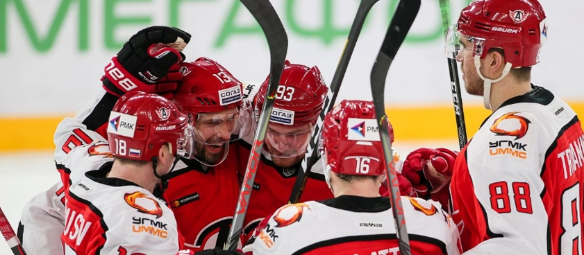 Прогноз на матч КХЛ «Автомобилист» - «Ак Барс»: хозяева помнят про 1:6
