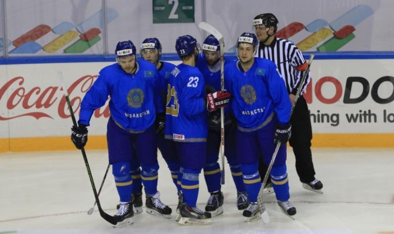 Хоккей. Универсиада. Алматы.