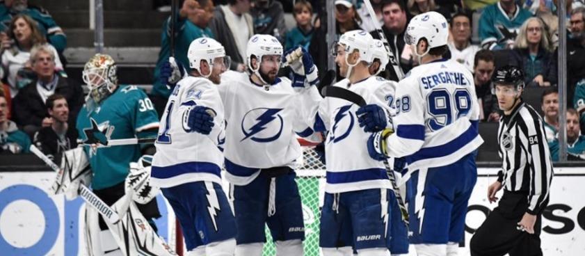 Прогноз на матч НХЛ «Колорадо» - «Тампа-Бэй»: заход гостей на 11-ю победу