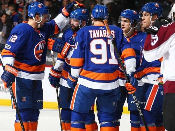 Константин Федоров: Прогноз на матч НХЛ «Брюинз» — «Айлендерс»: ставим на андердога.