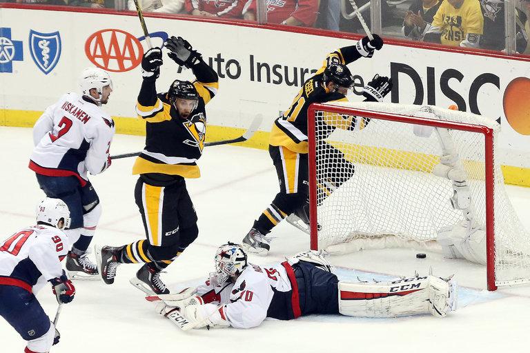 Playoff-ul NHL - spectacol pe gheata