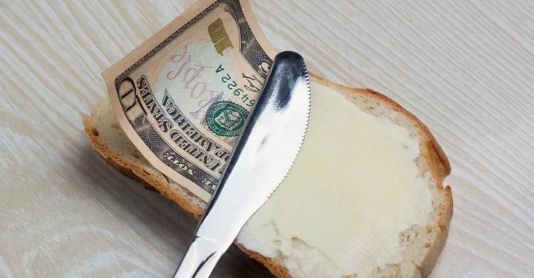 Спасибо на хлеб не намажешь, или Готовы ли мы благодарить наших капперов рублём?