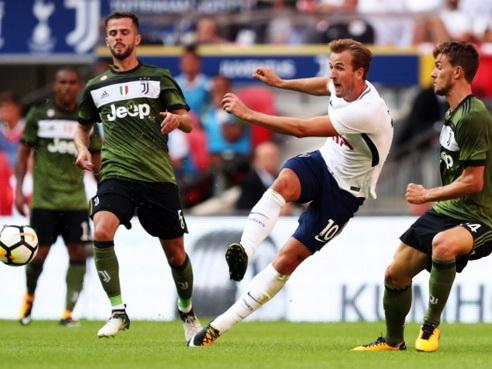 legalbet.ro: Juventus Torino - Tottenham Hotspur: prezentare cote la pariuri şi statistici.