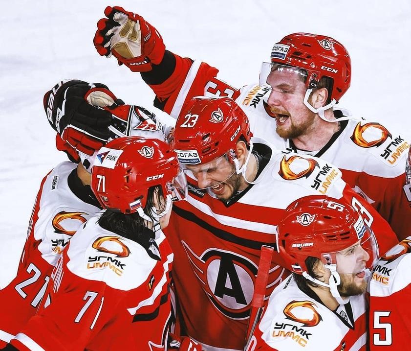 КХЛ: Регулярный сезон. Прогноз на матч Сибирь - Автомобилист