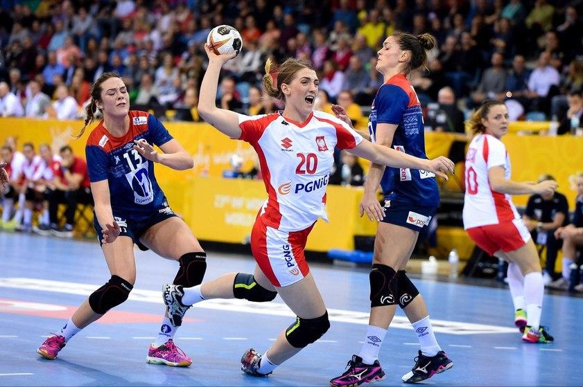 Чемпионат мира по гандболу среди женщин 2017,польские пани супротив мадьярок?кто же?!