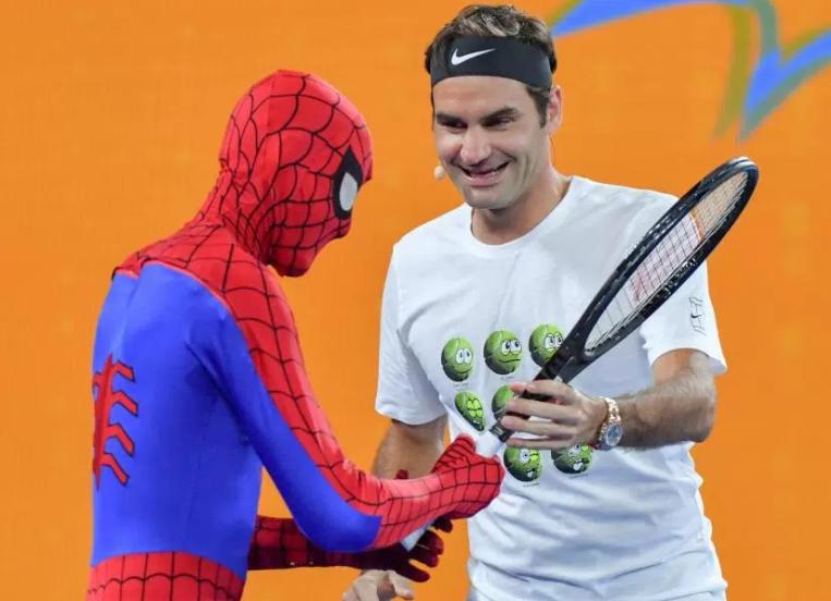 Какое влияние оказывает тренер на успешность подопечного в теннисе (и оказывает ли)?