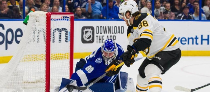 Прогноз на матч НХЛ «Бостон» - «Тампа-Бэй»: битва грандов Востока